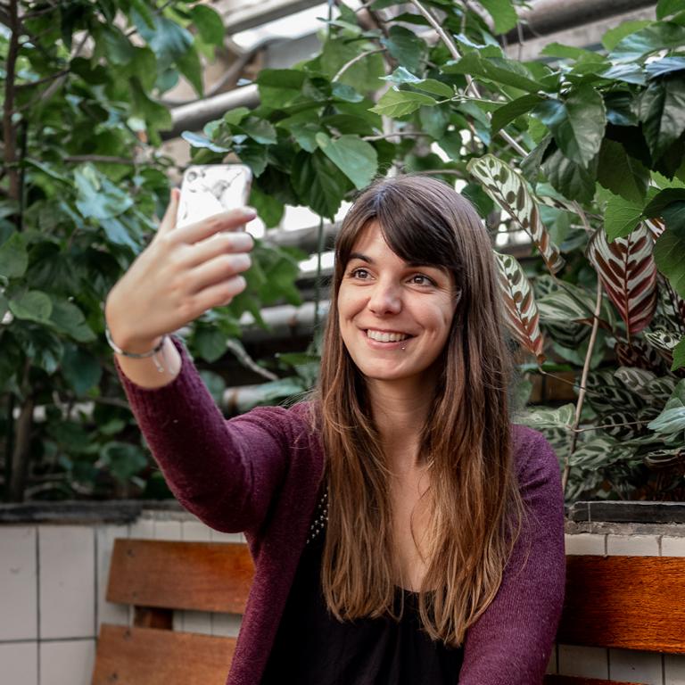 Manon-social-media-trainingen-selfie